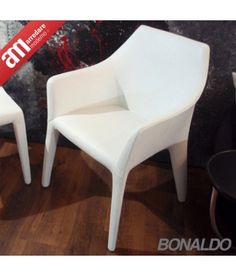 Sedia Tip Toe arm Bonaldo Accent Chairs, Arms, Toe, Furniture, Home Decor, Lounge Chairs, Upholstered Chairs, Decoration Home, Room Decor