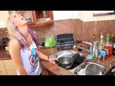 """I Hate Being a Grown-Up"" Jenna Marbles - http://www.familjeliv.se/?http://vbdl699980.blarg.se/amzn/bveh173793"