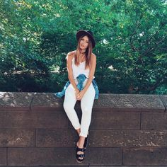 "Victória Rocha no Instagram: ""Dia de conhecer o Central Park! Look @ladyrockoficial"""