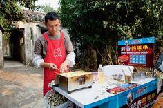 Echt China, voll fremd: Ein Reise-Bericht über die Wasserdörfer um Shanghai (Text: Stefanie Rigutto; Fotos: Ornella Cacace) Heft 17