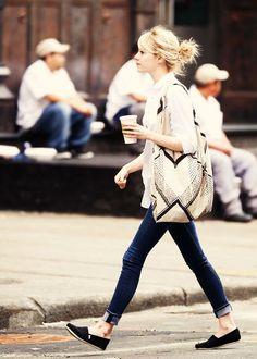 画像 : 着まわし度満点!「白シャツ」の春夏コーディネート - NAVER まとめ