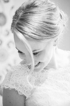 Bridal portrait by Petra Veikkola Photography, wedding photographer Tampere