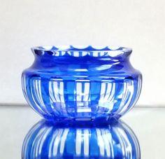 Art Deco Schale, Vase Überfangglas, Schälschliff, Böhmen Kunstglas, Antik blau