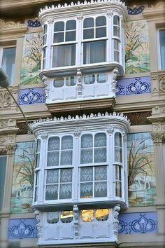 Art Nouveau facade and windows, Coruña, Spain. Architecture Windows, Architecture Antique, Art Nouveau Architecture, Amazing Architecture, Art And Architecture, Architecture Details, Old Windows, Windows And Doors, Through The Window