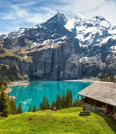 Trekking in the Bernese Oberland Gondola Lift, French Summer, Alpine Lake, Nature Drawing, French Alps, Cancun, Nice View, Us Travel, Trekking