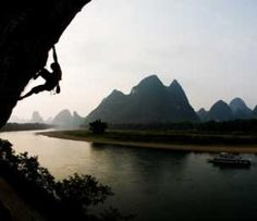 Beautiful climbing shot - that's how you get off the couch!! ;-)
