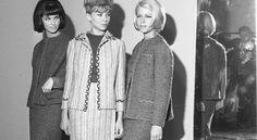 Książka To nie są moje wielbłądy to opowieść o modzie w PRL. Na zdjęciu: modelki prezentują kolekcję zaproponowaną przez dom Moda Polska, sierpień 1963