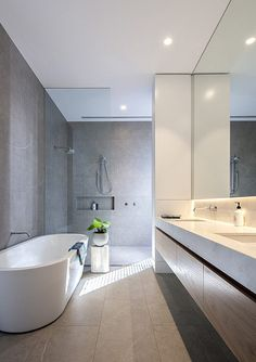 Model Glass Bathroom floor In Your Inspiration – Diy Bathroom İdeas Glass Bathroom, Diy Bathroom Decor, Bathroom Renos, Bathroom Layout, Modern Bathroom Design, Bathroom Interior Design, Bathroom Flooring, Bathroom Renovations, Small Bathroom