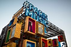 Paris Booth by Felipe Ferrer Ceroni at Lollapalooza, Santiago – Chile