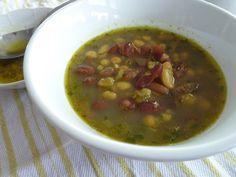 Strukovinovo-hlivová polievka s kurkumou a cesnakom