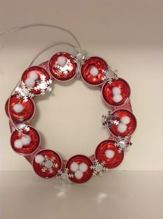 Use K-cups or Vue pods and turn them into a wreath for an adorable gift!