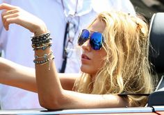 Blake Lively Look for Less: Mirrored Aviators