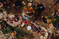 Grazing Board Wedding Food // Semi Naked Cake With Drip Icing // Autumnal Wedding Reception At Patrick's Barn // Images By Brigitte & Thierry Photography Wedding Snacks, Wedding Catering, Wedding Reception, Wedding Ideas, Evening Wedding Food, Wedding Trends, Summer Wedding, Wedding Stuff, Wedding Decorations