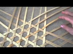 Basket weaving 101 - How to Make a Shaker Cheese Basket - will try with palm fronds