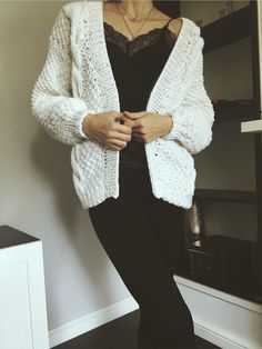 Объёмный кардиган ручной работы #вязание #knitting