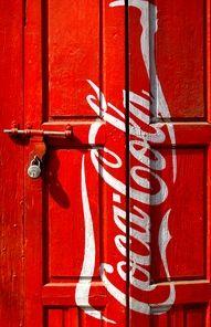 Red ♥ Coca Cola Door