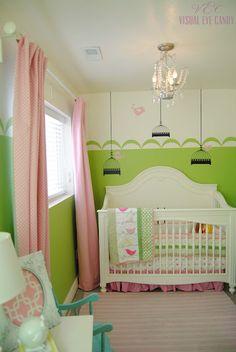 Green and Pink Nursery  visualeyecandy.blogspot.com  #nursery #greenandpink #girl