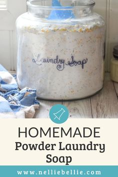 All natural, non-sudsing laundry soap that is quick to make in GIANT batches, smells amazing, and WORKS. Bright whites, good-smelling laundry, and inexpensive recipe. Best of all, you can customize the ingredients to your favorites! #Homemadesoup #Laundry #DIY #Powderlaundrysoap Natural Cleaning Solutions, Natural Cleaning Products, Powder Laundry Soap, Homemade Wood Floor Cleaner, Homemade Detergent, Washing Machine Cleaner, Washing Soda, Inexpensive Meals, Gardening Hacks