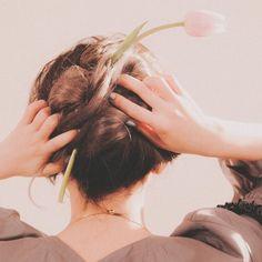 "[Actualizado] Red Velvet libera video teaser para ""One of These Nights"" y foto grupal - Soompi Spanish Seulgi Photoshoot, Russian Roulette, Red Velvet Seulgi, Sooyoung, Teaser, Female Art, Mini Albums, Kpop Girls, Instagram Posts"