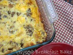 Mommy's Kitchen: Velveeta Cheesy Breakfast Casserole