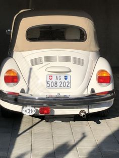 Vw Cabrio, Beetle Convertible, Cars, Classic, Vw Bugs, Derby, Autos, Car, Classic Books