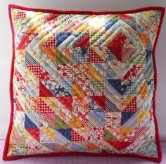 half square triangles - love the quilting idea