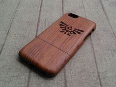 Natural wood iPhone case, Zelda pattern, iphone6,iphone 6plus, iphone5,iphone4,iphone 5c available, wood case,Engraved wooden iphone case