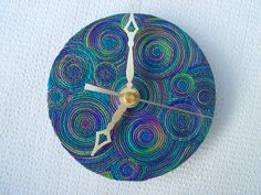 Recycled CD Wall Clock polymer clay Peacock by FlowertownOriginals Recycled Cds, Recycled Art Projects, Clock Art, Diy Clock, Clocks, Clock Ideas, Cd Wall Art, Cd Art, Cd Crafts