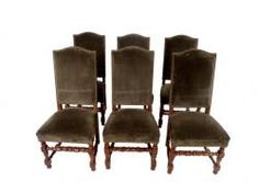 This is a set of 6 Louis XIII style chairs that we have in the showroom. They have the same lines as the chairs featured in the Bunny Williams design.
