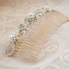 Laurie-A-Aiglentine-bridal-comb-det.JPG