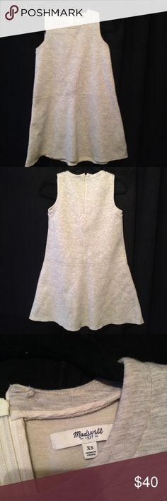 Madewell Dress Chic casual thick material...this is a lovely everyday wear dress. Price reflect condition and brand, feel free to ask any question before offer or purchase. Madewell Dresses