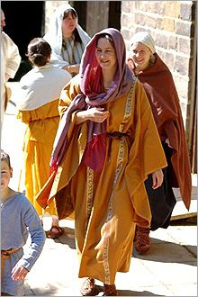late roman female dress