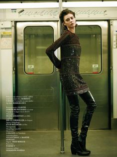 Subway Streetstyle Editorials : Madame Air France August/September 2013