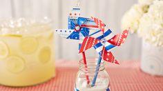 4th of July crafts and free printables: patriotic pinwheels #Hallmark #HallmarkIdeas