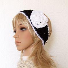 Crochet black and white headwrap