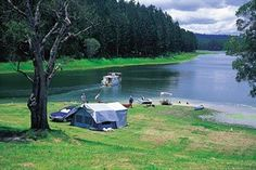 Camping at Lake Tinaroo on the Atherton Tablelands in North Queensland