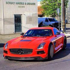 Mercedes Benz SLS pic.twitter.com/lkkJT23dvr