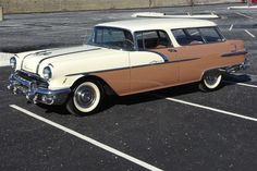1956 Pontiac Safari 2 Door station wagon