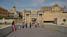 Puerta del puente romano - Córdoba