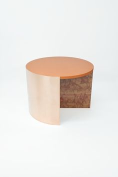 Colouring Table_Red 3M Copper, MDF, Marble - OS ∆ OOS
