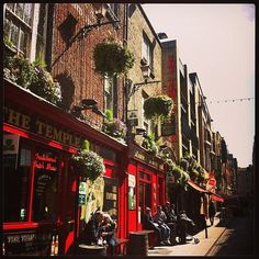 Why is Temple Bar the place to stay when in Dublin? http://www.barnacles.ie/temple-bar-best/?utm_content=buffer1c319&utm_medium=social&utm_source=pinterest.com&utm_campaign=buffer #LoveDublin #hostel