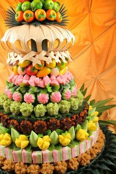 Indonesian Desserts, Indonesian Cuisine, Asian Desserts, Indonesian Recipes, Asian Recipes, Thai Dishes, Fish Dishes, Malay Food, Eastern Cuisine