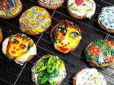 Painted cookies...what will they think of next? Love these from Balzer Designs.