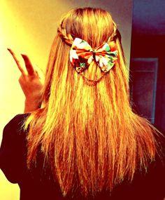 Simple hair style with bow. Beauty Ideas, Beauty Hacks, Bow Headbands, Hair Tutorials, Cute Hairstyles, Hair Goals, Updos, Hair Inspiration, Hair Ideas