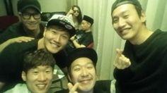 Running Man [Gary, Haha, Ji Suk-jin, Kim Jong-kook, Lee Kwang-soo, Song Ji-hyo]  in Indonesia with soccer player Park Ji-sung  #Runningman