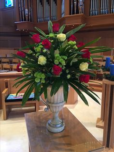 December arrangement at Moorings Church in Naples, Florida