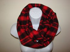 red back buffolo plaid infinity scarf, flannel infinity scarf Circle Loop, Nomand Cowl Woman Man Unisex Fall Winter Fashion Plaid Infinity Scarf, Plaid Flannel, Buffalo Plaid, Autumn Winter Fashion, Cowl, Unisex, Trending Outfits, Red, Etsy