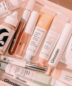 Peach Aesthetic, Aesthetic Beauty, Aesthetic Makeup, Beauty Care, Beauty Skin, Glossier Cloud Paint, Balm Dotcom, Face Skin Care, Tips Belleza