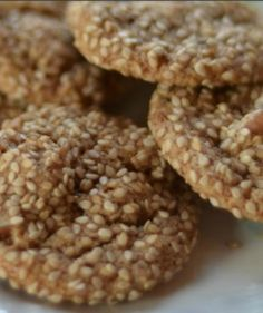 Almond Sesame Cookies that are Gluten free and sugar free. Very yummy!