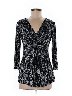 Daisy Fuentes  Women 3/4 Sleeve Top Size M